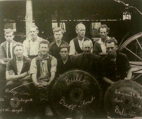 Molloy's Timber Business in the 1920's - courtesy of Mick Roberts Looking Back - http://www.zyworld.com/lookingback/Molloy_Timber.htm